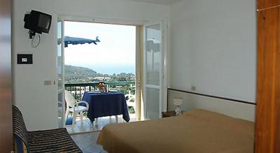 mini-hotel-05