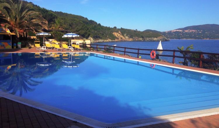 piscina 012 r