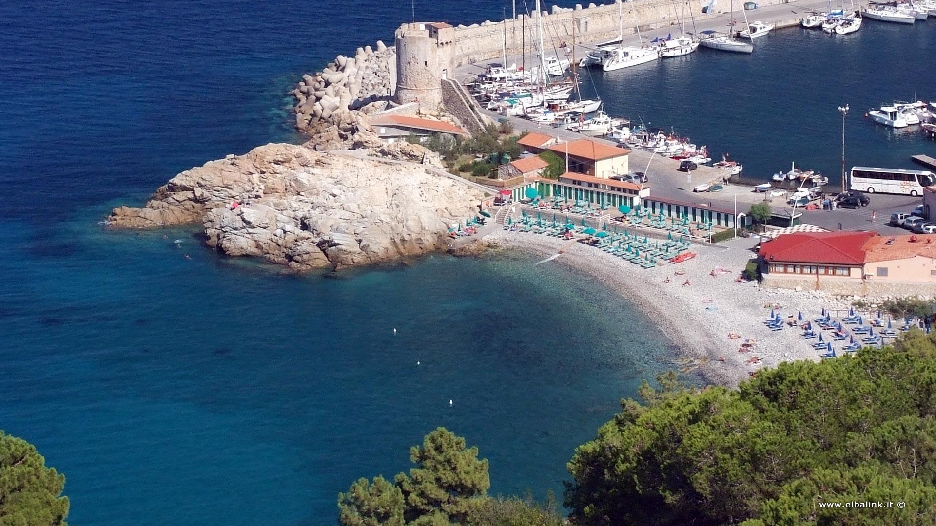 Kayak Rent A Car >> Fenicia beach in Marciana Marina |Island Elba beaches